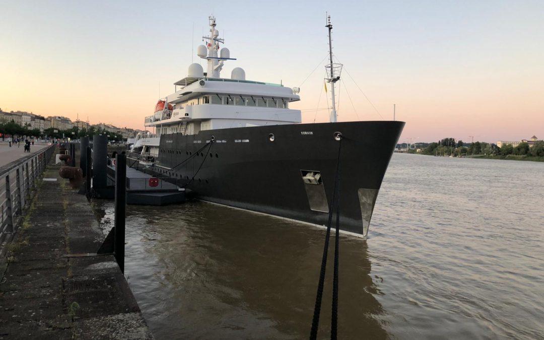 Premier Yacht en arrêt technique à Bordeaux sous la direction de CLYD Refit